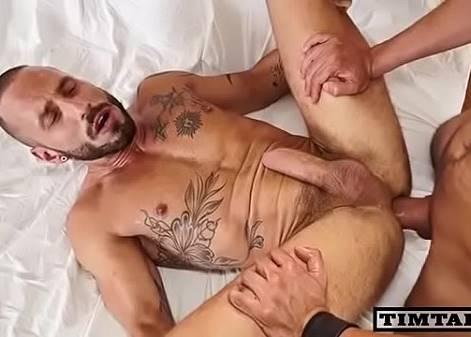 Sexo com Homem pintudo
