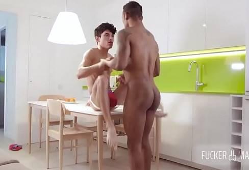 comendo o novinho gay